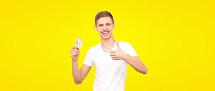 Как взять кредит студентам с 18 до 21 года в 4-х банках